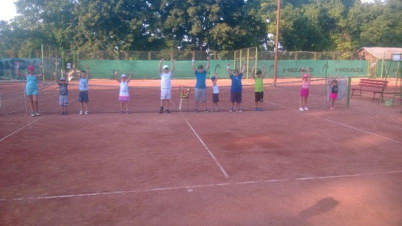 Initiere in tenis